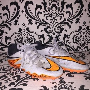 Nike orange and gray cleats size boys 2.5 youth
